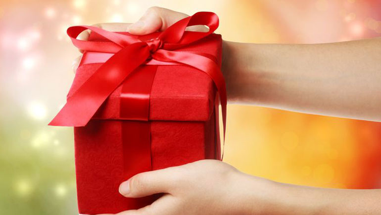 Win Mystery Valentine's Gifts at Golden Riviera