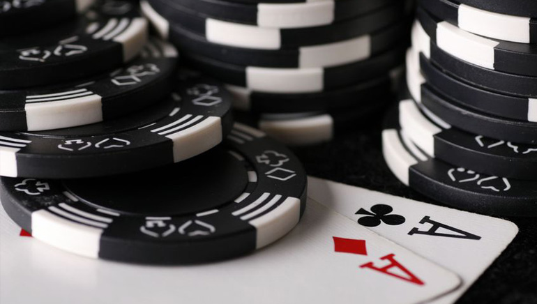888's Robust Online Poker Expansion