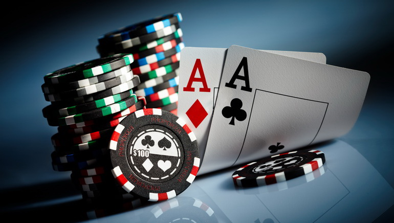 Play Online Poker with Bitcoin
