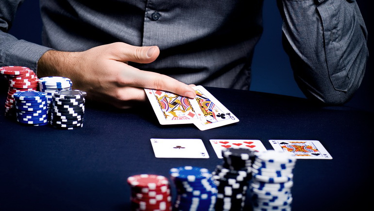 Find Poker Games in Online Casinos