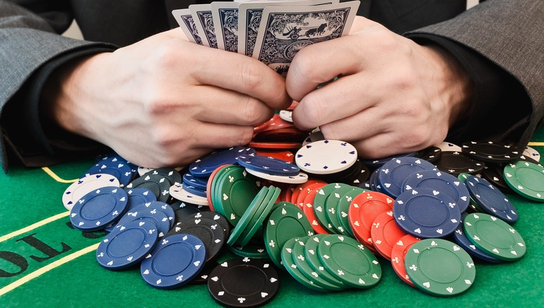 How to Find the Top Online Poker Room Bonuses