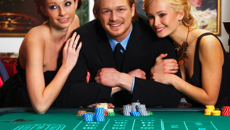 Who are the High Rollers?