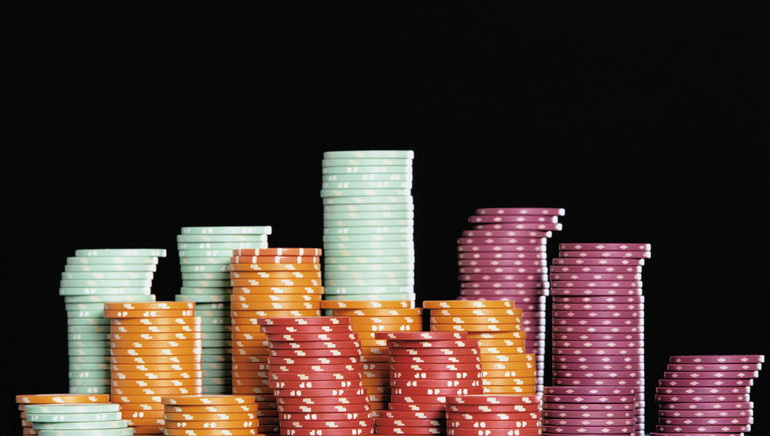At Party Poker it Pays to Lose