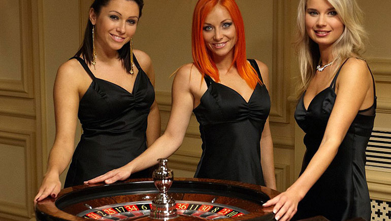 Live Dealer Special: Playtech and Microgaming Faceoff